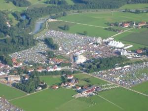Heute bei schönem Wetter: Festivalgelände bei Übersee